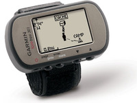 GARMIN Foretrex 301, slim wrist-mounted GPS navigator perfect for outdoor activities that require the use of both hands ideal for hikers, skiers and campers, High sensitivity GPS receiver, History 500 locations/waypoints and 20 routes, Hunt/Fish cale